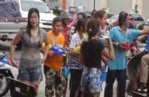 Songkran in Ban Chang