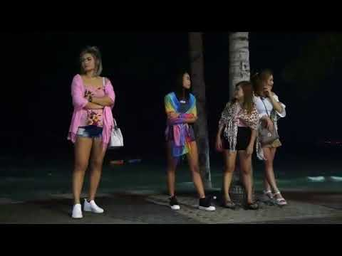 Sexy Thai girls in Windmill Club - Pattaya Videos